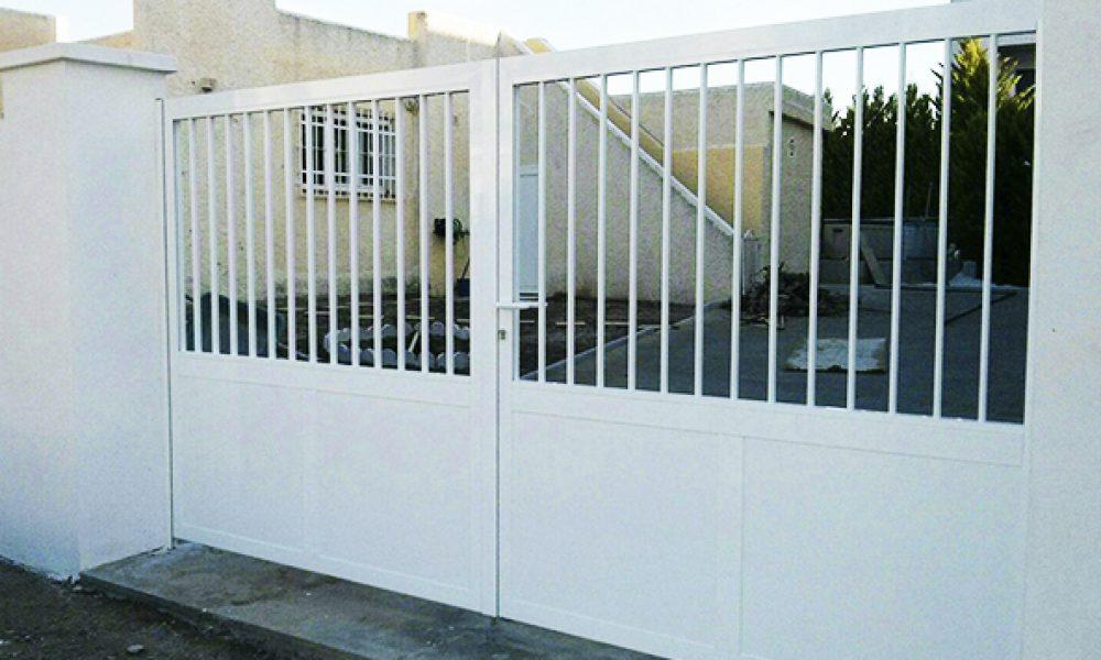 01 puerta grande aluminio 1